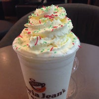 Photo taken at Gloria Jean's Coffees by Bob G. on 12/6/2013