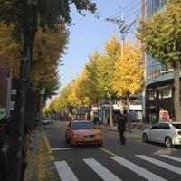 Photo taken at Garosu-gil by mai t. on 11/10/2012