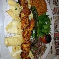 2/1/2013 tarihinde Oğuz Halis Ç.ziyaretçi tarafından Eski Köy Restaurant'de çekilen fotoğraf