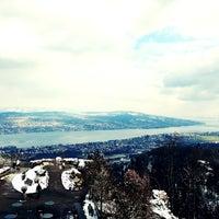 Das Foto wurde bei Uetliberg Aussichtsturm von Matthias M. am 3/14/2013 aufgenommen