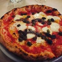 Photo taken at Libery Pizza & Artigianal Beer by Annalisa V. on 10/13/2016