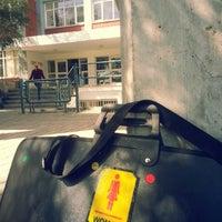 3/20/2013 tarihinde Sanem Ceren Y.ziyaretçi tarafından Near East University Faculty Of Architecture'de çekilen fotoğraf