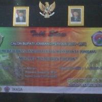 Photo taken at Universitas Pesantren Tinggi Darul 'Ulum (UNIPDU) by Anang C. on 5/11/2013