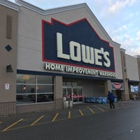 Photo taken at Lowe's Home Improvement by Kevin H. on 12/24/2016