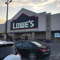 Photo taken at Lowe's Home Improvement by Kevin H. on 8/2/2017