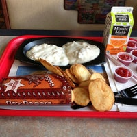 Photo taken at Roy Rogers Restaurant by Jeff D. on 2/27/2013
