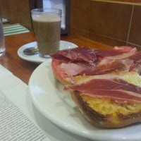 Photo taken at Cafeteria La Espiga by Marcos G. on 6/12/2013