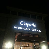 Photo taken at Chipotle Mexican Grill by Ben B. on 11/30/2012