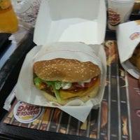 Foto tirada no(a) Burger King por Felipe M. em 3/11/2013