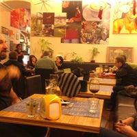 Foto scattata a Caffe GianMario da Vika D. il 1/2/2013