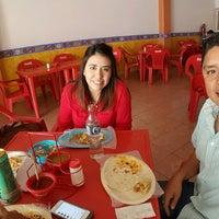 Photo taken at Tacos El Güero Comida Corrida y Cenaduria by Carlos L. on 1/31/2017