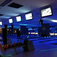 2/14/2013 tarihinde Fatih D.ziyaretçi tarafından Rolling Ball Bowling'de çekilen fotoğraf