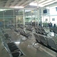 Foto tomada en Terminal de Autobuses Nuevo Milenio de Zapopan por Jesus R. L. el 9/15/2012