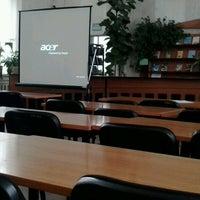 Снимок сделан в Библиотека ЧНУ им. П. Могилы пользователем Zhanna S. 4/10/2013
