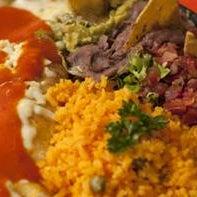 Foto tomada en Restaurante Riviera Maya por Restaurante Riviera Maya el 11/27/2013
