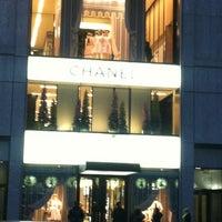 Снимок сделан в Chanel пользователем Caroline P. 12/12/2012