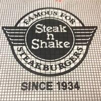 Photo taken at Steak 'n Shake by Lorene E. on 3/17/2013