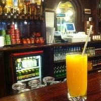 Снимок сделан в The Irish Bar пользователем Katya T. 3/10/2013