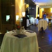 Foto tirada no(a) Night Club Bayerischer Hof por Petra *. em 5/11/2013