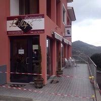 Foto tirada no(a) Restaurante Lily's por Oxana R. em 10/31/2013