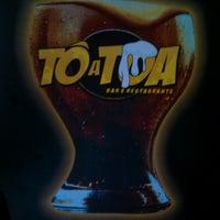 Photo taken at Tô Atoa Bar E Restaurante by Édipo G. on 4/27/2013