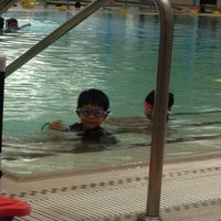 Photo taken at Silliman Family Aquatic Center by KheeLeong W. on 10/22/2014