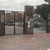 Photo taken at Universidad Rey Juan Carlos (Campus Fuenlabrada) by Carmen P. on 10/24/2012