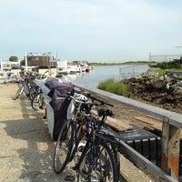 Photo taken at Marina 59 by RENZO S. on 8/16/2014