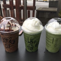 Photo taken at Starbucks by 花ちゃん♪ 花. on 6/18/2017