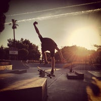Photo taken at Skate Parc Hyères by Loïc L. on 8/24/2013
