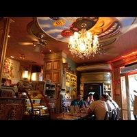 Foto tirada no(a) Paris 6 Bistrô por Ana A. em 11/10/2012