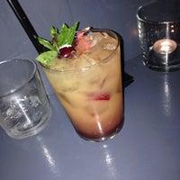Photo taken at Το Μικρό Μπαρ by Bulba . on 6/17/2014