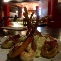 Foto tirada no(a) Restaurante Hibiscus por Joelma S. em 10/12/2017