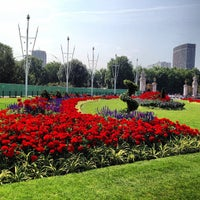 Photo taken at Buckingham Palace Gardens by Gislaine L. on 3/24/2013