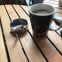 Photo taken at Gloria Jean's Coffee's by Erenay D. on 4/20/2018
