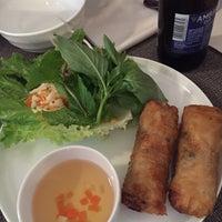 Foto tomada en Viet Nam Restaurante por Bruce D. el 10/12/2018