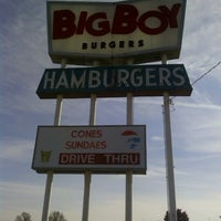 Photo taken at Big Boy Burgers by Shane S. on 11/3/2012