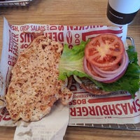Photo taken at Smashburger by Ali A. on 1/31/2014