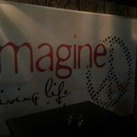 11/20/2012 tarihinde Ergun S.ziyaretçi tarafından Imagine Cafe & Bar'de çekilen fotoğraf