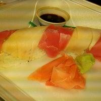 Photo taken at Fujiyama Steak House of Japan by Laura L. on 10/22/2012