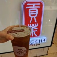 Photo taken at 貢茶 Gong Cha by oscar c. on 2/9/2017