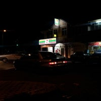 Photo taken at 7 Eleven Seksyen 24 by Mohamad A. on 10/28/2012