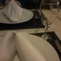 Photo prise au Canal 4 Restaurante e Pizzaria par Ramon F. le11/14/2012
