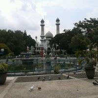 Photo taken at Alun-Alun Kota Malang by M. Chafid W. on 12/17/2012