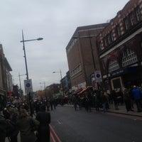 รูปภาพถ่ายที่ Camden Town โดย Shahad🌞✨ เมื่อ 10/28/2012