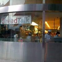 Photo taken at BreadTalk by Preketek on 2/6/2013