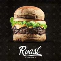 Photo taken at Roast Burger by Bruna G. on 1/28/2014
