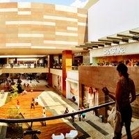 Foto tomada en Centro Comercial Altacia por Gabriel C. el 5/19/2013