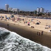 Foto tirada no(a) Santa Monica State Beach por Photo L. em 5/13/2013