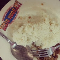 Photo taken at Sisig Hooray! by Ed Angelo F. on 3/3/2014